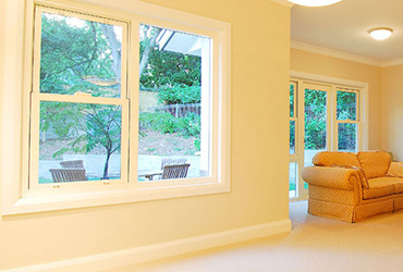 MAGNUM™ Double Hung Window