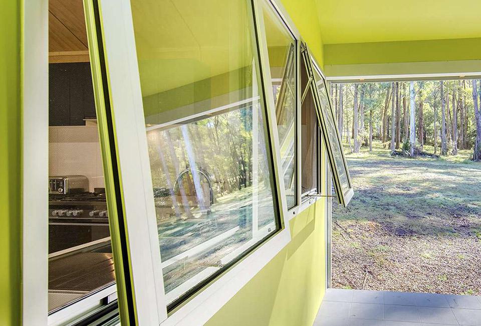 awning aluminium windows